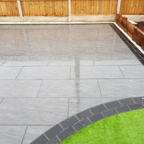 Black limestone Cobbles 100x200 - 11 m2 coverage