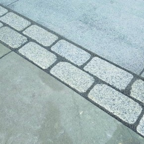 Silver Granite Tumbled Setts 200x100