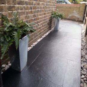 Black Limestone 600x290 - Calibrated & Sawn Edge