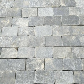 Black Slate Tumbled Setts