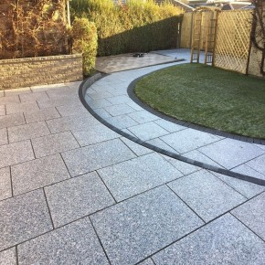 GRANITE & TEXTURED PAVING